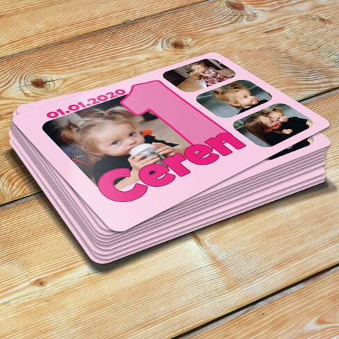 - 4 Fotoğraflı Kız Bebek 1 Yaşında Magneti
