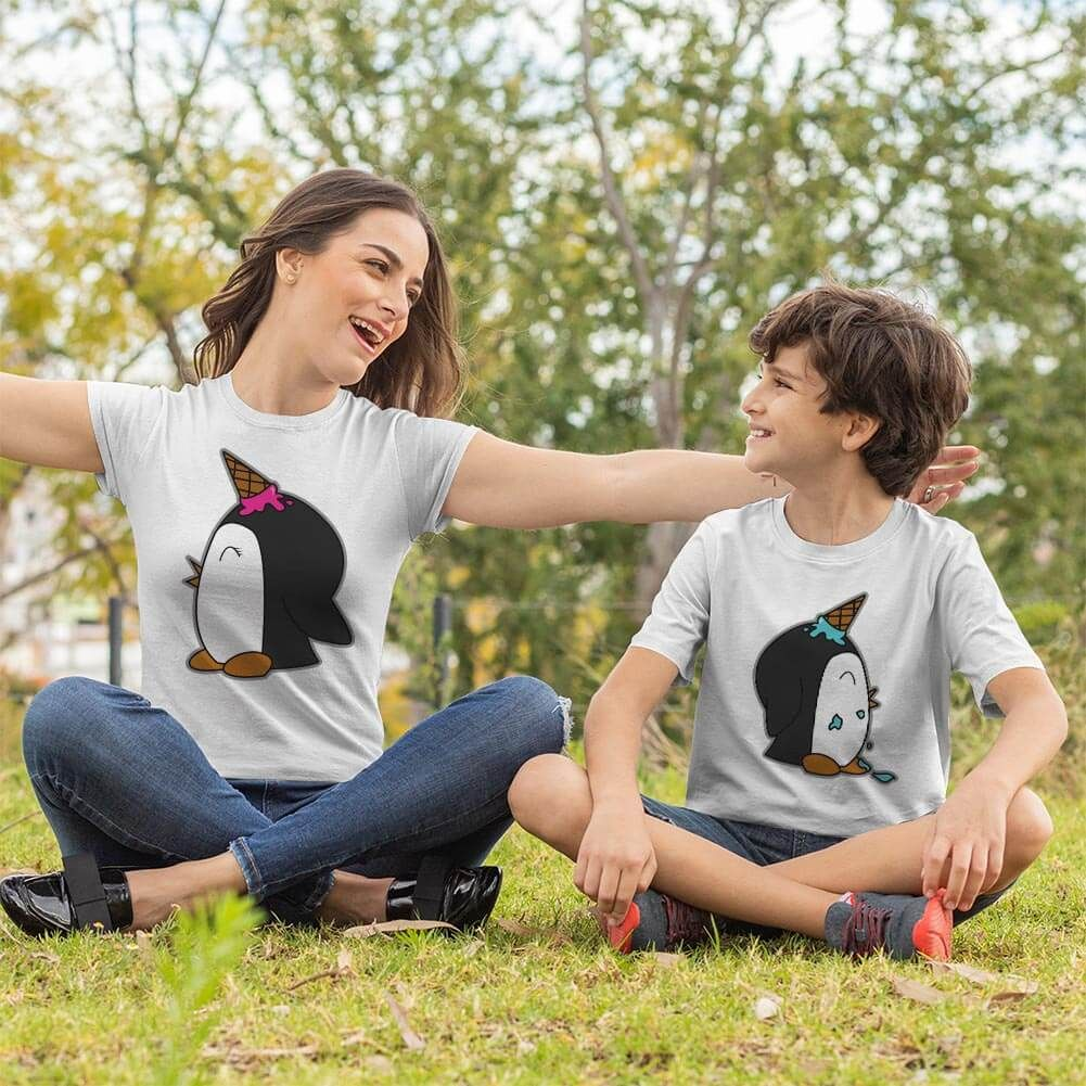 Penguen Baskılı Anne ve Erkek Çocuk Tişört Kombini