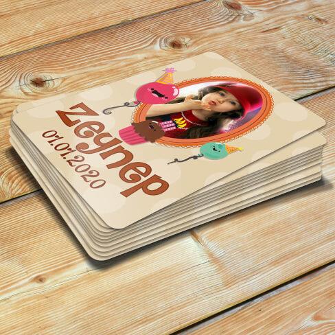 Tisho - Çerçeveli Kız Çocuk Doğum Günü Magneti