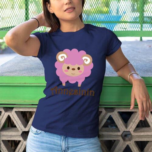 Kuzu Baskılı Kadın Tişört - Tekli Kombin
