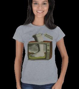 Planet Caravan - Monty Pythons Flying Circus Kadın Tişört
