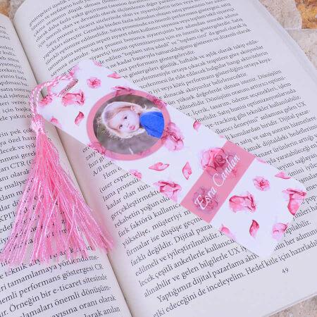 - Pembe Çiçekli Kitap Ayracı