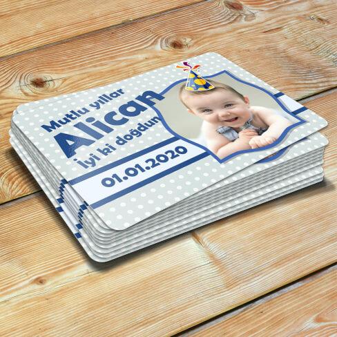 - Şapka Tasarımlı Erkek Bebek Doğum Günü Magneti
